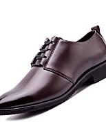 Недорогие -Муж. Официальная обувь Полиуретан Осень Деловые Туфли на шнуровке Дышащий Черный / Темно-коричневый
