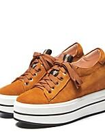Недорогие -Жен. Комфортная обувь Наппа Leather Весна & осень Кеды Туфли на танкетке Круглый носок Черный / Коричневый