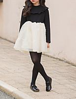 Недорогие -Дети Девочки Милая Повседневные Однотонный Кружева Длинный рукав Выше колена Платье Черный 140