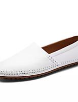 Недорогие -Муж. Комфортная обувь Полиуретан Осень На каждый день Мокасины и Свитер Дышащий Белый / Черный / Коричневый
