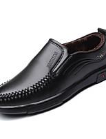 Недорогие -Муж. Комфортная обувь Полиуретан Зима На каждый день Мокасины и Свитер Сохраняет тепло Черный / Коричневый