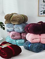 Недорогие -Коралловый флис, Рельефные Простой / Сплошной цвет / Цветочные / ботанический 100%микро волокно / руно одеяла