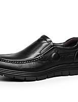 Недорогие -Муж. Официальная обувь Наппа Leather Весна & осень Деловые / На каждый день Мокасины и Свитер Массаж Черный / Коричневый