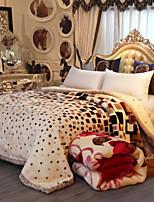 Недорогие -Коралловый флис / Супер мягкий, Рельефные Полоски / В клетку Плюшевая ткань одеяла