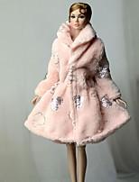 Недорогие -Жакет Пальто / Топ Для Кукла Барби Розовый Нетканое полотно / Коралловый флис Пальто Для Девичий игрушки куклы