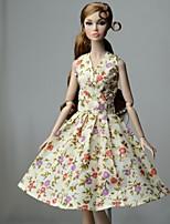 Недорогие -Платья Платье Для Кукла Барби Желтовато-коричневый Хлопковая ткань / Нетканый материал Платье Для Девичий игрушки куклы