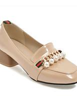 Недорогие -Жен. Лакированная кожа Осень Милая / Минимализм Обувь на каблуках На толстом каблуке Квадратный носок Искусственный жемчуг Черный / Красный / Миндальный