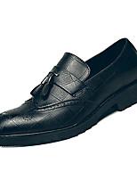Недорогие -Муж. Комфортная обувь Полиуретан Весна На каждый день Мокасины и Свитер Доказательство износа Черный / Коричневый / С кисточками
