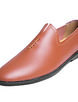 Недорогие -Муж. Комфортная обувь Кожа / Полиуретан Зима На каждый день Мокасины и Свитер Нескользкий Белый / Черный / Коричневый