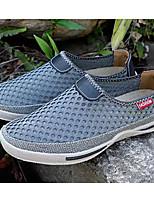 Недорогие -Муж. Комфортная обувь Сетка Лето Мокасины и Свитер Черный / Серый / Военно-зеленный