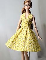 Недорогие -Платья Платье Для Кукла Барби Светло-желтый Хлопковая ткань / Нетканый материал Платье Для Девичий игрушки куклы