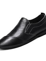 Недорогие -Муж. Комфортная обувь Полиуретан Весна На каждый день Мокасины и Свитер Нескользкий Черный / Коричневый / Хаки