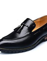 Недорогие -Муж. Официальная обувь Полиуретан Весна & осень На каждый день Мокасины и Свитер Дышащий Белый / Черный / Желтый / С кисточками