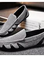 Недорогие -Муж. Комфортная обувь Полиуретан Лето Мокасины и Свитер Черный / Серый / Красный