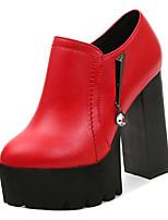Недорогие -Жен. Полиуретан Зима Минимализм Обувь на каблуках На толстом каблуке Черный / Красный