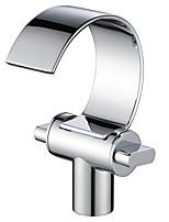 Недорогие -Ванная раковина кран - Водопад Хром По центру Две ручки одно отверстиеBath Taps / Латунь