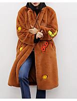 Недорогие -Жен. Повседневные Классический Зима Длинная Пальто с мехом, Однотонный Рубашечный воротник Длинный рукав Искусственный мех Зеленый / Черный / Верблюжий M / L / XL