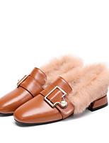 Недорогие -Жен. Наппа Leather Осень Милая / Минимализм Обувь на каблуках На толстом каблуке Квадратный носок Пряжки Черный / Бежевый / Коричневый