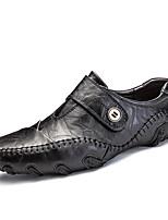 Недорогие -Муж. Комфортная обувь Искусственная кожа Весна Классика / Английский Мокасины и Свитер Дышащий Черный / Коричневый