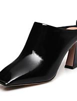 Недорогие -Жен. Наппа Leather Весна Обувь на каблуках На шпильке Закрытый мыс Ботинки Белый / Черный / Миндальный