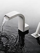 Недорогие -Ванная раковина кран - Водопад / Широко распространенный / Новый дизайн Окрашенные отделки Разбросанная Одной ручкой Два отверстияBath Taps