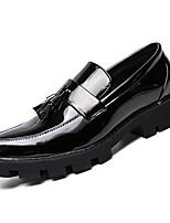 Недорогие -Муж. Комфортная обувь Полиуретан Наступила зима Спортивные Мокасины и Свитер Доказательство износа Черный / Синий