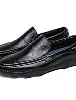 Недорогие -Муж. Комфортная обувь Полиуретан Весна На каждый день Мокасины и Свитер Дышащий Черный / Коричневый