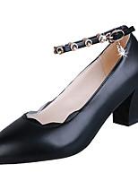 Недорогие -Жен. Полиуретан Зима Минимализм Обувь на каблуках Блочная пятка Круглый носок Черный / Бежевый