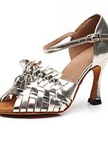Недорогие -Жен. Обувь для латины Полиуретан Сандалии / Кроссовки Пряжки Тонкий высокий каблук Персонализируемая Танцевальная обувь Серебряный