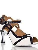 Недорогие -Жен. Обувь для латины Искусственная кожа На каблуках Планка Тонкий высокий каблук Персонализируемая Танцевальная обувь Черный / Белый