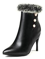 Недорогие -Жен. Полиуретан Осень Ботинки На шпильке Заостренный носок Ботинки Белый / Черный