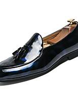 Недорогие -Муж. Комфортная обувь Полиуретан Весна На каждый день Мокасины и Свитер Дышащий Черный / Синий / С кисточками
