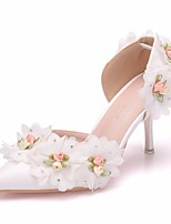 baratos -Mulheres Couro Ecológico Primavera Verão Doce Sapatos De Casamento Salto Agulha Dedo Apontado Pedrarias / Flor de Cetim Branco
