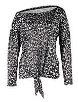 Недорогие -женская тонкая блузка - леопард с плеча