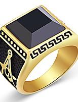 abordables -Anneau de bande Homme Zircon Le style rétro Classique Rétro Elégant Bijoux Noir pour Mariage Quotidien Cérémonie 1pc