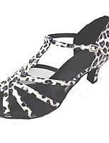 """Недорогие -Жен. Обувь для латины Полиуретан На каблуках Каблук """"Клеш"""" Персонализируемая Танцевальная обувь Синий / белым"""
