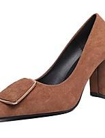 Недорогие -Жен. Полиуретан Весна Обувь на каблуках Блочная пятка Заостренный носок Черный / Коричневый