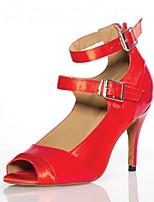 Недорогие -Жен. Обувь для латины Сатин Сандалии / На каблуках Пряжки Тонкий высокий каблук Персонализируемая Танцевальная обувь Красный