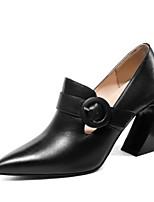 Недорогие -Жен. Наппа Leather Осень На каждый день / Минимализм Обувь на каблуках На толстом каблуке Заостренный носок Пряжки Черный / Бежевый