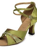 Недорогие -Жен. Обувь для латины Сатин На каблуках Стразы Кубинский каблук Персонализируемая Танцевальная обувь Военно-зеленный