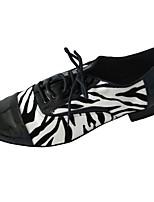 Недорогие -Муж. Обувь для латины Полиуретан На каблуках Толстая каблук Танцевальная обувь Черный / Белый