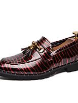 Недорогие -Муж. Комфортная обувь Лакированная кожа Весна лето На каждый день Мокасины и Свитер Нескользкий Контрастных цветов Черный / Красный / Синий