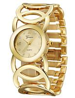 Недорогие -Geneva Жен. Нарядные часы Наручные часы Кварцевый Золотистый 30 m Очаровательный Новый дизайн Повседневные часы Аналоговый Мода Элегантный стиль - Золотистый Один год Срок службы батареи