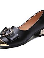 Недорогие -Жен. Полиуретан Весна Обувь на каблуках Блочная пятка Заостренный носок Белый / Черный / Бежевый