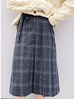 Недорогие -юбки средней длины для женщин - клетка / однотонные