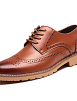 abordables -Homme Chaussures en cuir Cuir Printemps été / Automne hiver Business / Simple Oxfords Respirable Noir / Marron / Jaune
