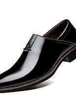 Недорогие -Муж. Официальная обувь Искусственная кожа Весна & осень Деловые / На каждый день Мокасины и Свитер Дышащий Черный / Коричневый