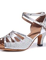 Недорогие -Жен. Обувь для латины Полиуретан На каблуках Пряжки / Блеск Кубинский каблук Персонализируемая Танцевальная обувь Серебряный