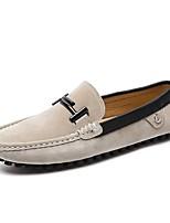 Недорогие -Муж. Комфортная обувь Замша Осень Мокасины и Свитер Черный / Бежевый / Красный