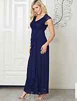 Недорогие -Жен. Изысканный / Элегантный стиль Оболочка Платье - Однотонный, Открытая спина / Кружевная отделка Макси
